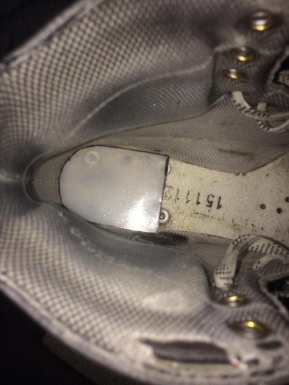 "Old skate with narrow 2"" heel wedge in place.JPG"